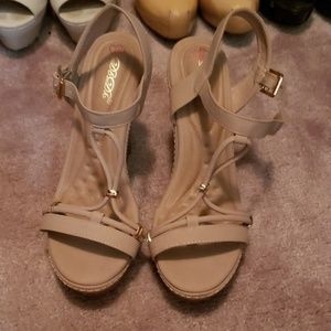 Shoes - Tan wedge scandals